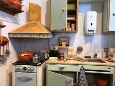 De keuken van toen met geiser