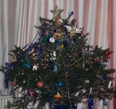 de boom vol met beesten van Erna Leusink
