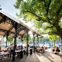 Horeca-Dordrecht-toerisme-eten-en-drinken-Vismarkt-Nieuwe-Haven-Otto-e-Mezzo-terras